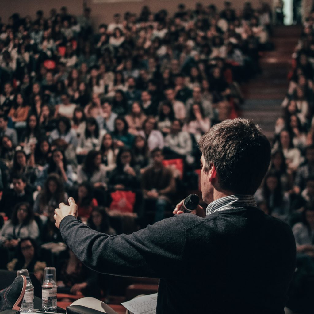 7 Tips for Writing a Well-Organized Speech